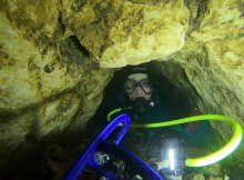 Extreme Cave Diving - No Mount